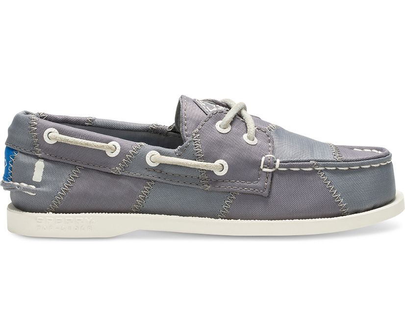 Authentic Original BIONIC® Boat Shoe, Grey/Blue, dynamic