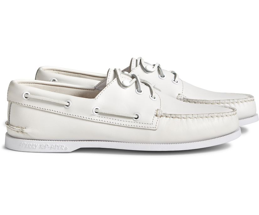 Cloud Authentic Original 3-Eye Leather Boat Shoe, White, dynamic