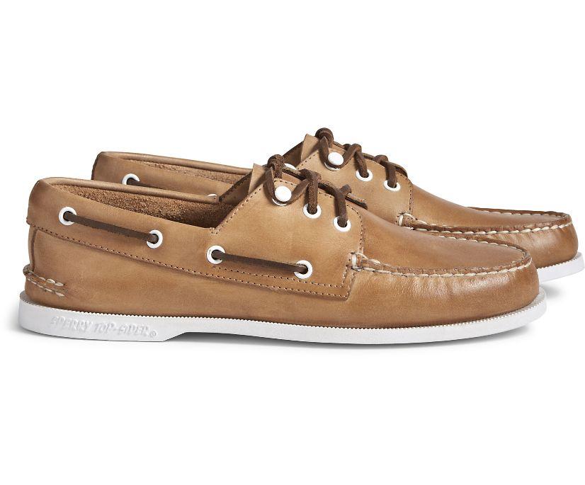 Cloud Authentic Original 3-Eye Leather Boat Shoe, Oatmeal, dynamic