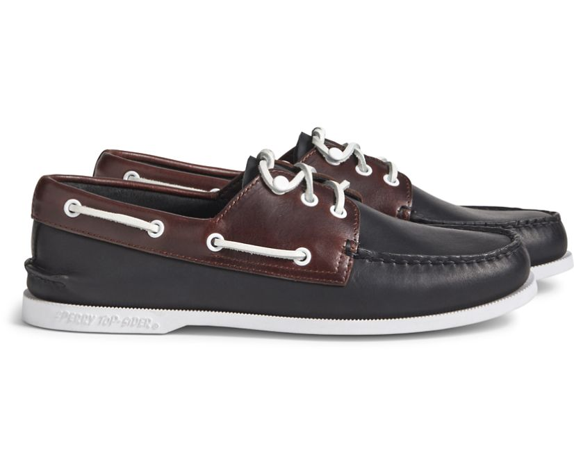 Cloud Authentic Original 3-Eye Leather Boat Shoe, Blk/Amaretto, dynamic