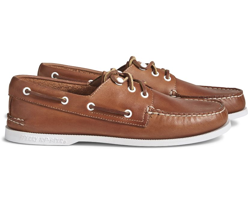 Cloud Authentic Original 3-Eye Leather Boat Shoe, Tan, dynamic
