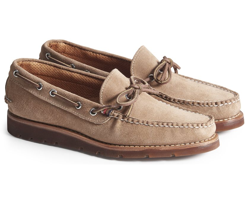 Gold Cup Handcrafted in Maine 1-Eye Camp Moccasin, Carmel Suede, dynamic
