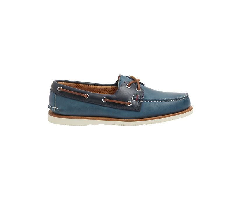 Gold Cup Handcrafted in Maine Authentic Original Tri-Tone Boat Shoe, Blue/Navy, dynamic