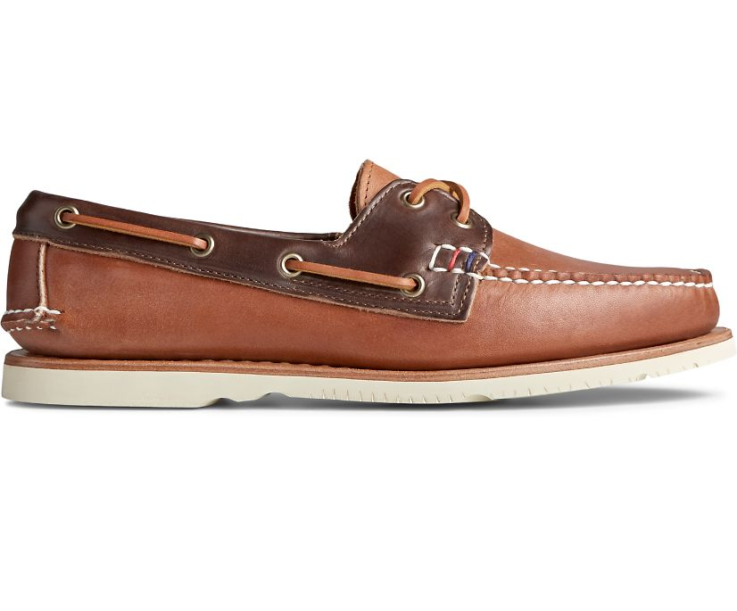 Gold Cup Handcrafted in Maine Boat Shoe, Walnut/Brown, dynamic