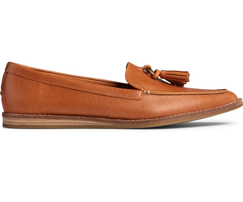 Saybrook Slip On Tumbled Leather Loafer, Tan, dynamic