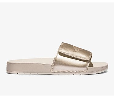 Bliss V Sandal, Champagne Metallic, dynamic