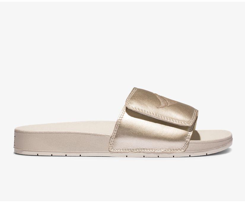 Bliss V Sandal, Champagne Metallic, dynamic