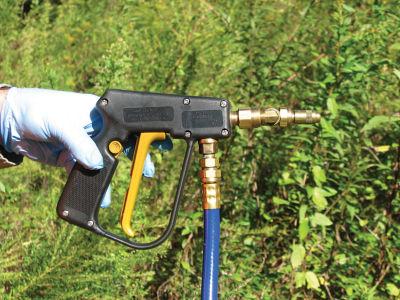 Backpack spray gun
