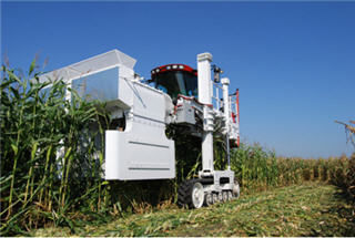 Pioneer's proprietary wind machine creates winds that can exceed 100 miles per hour to test for brittle snap resistance and standability in corn hybrids.