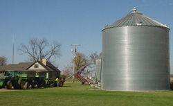 Conventional grain bins are weather- and pest-proof, and have built-in aeration systems.