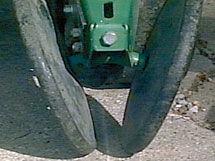 Closing wheels