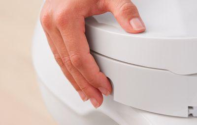 Tingkatkan kebersihan Anda dengan intelligent toilet atau dengan penggunanan bidet seat di rumah Anda