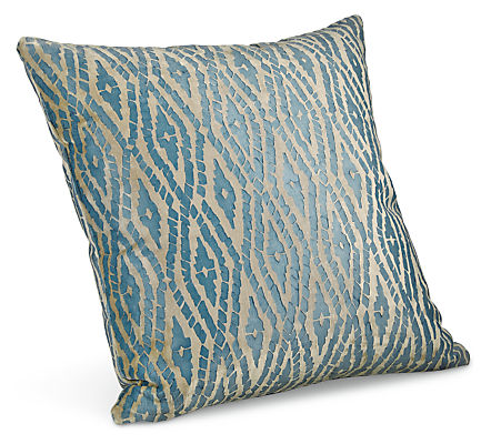 Itza 18w 18h Throw Pillow