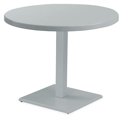 Maris Round Table Modern Outdoor Dining Bar Tables Modern Outdoor Furniture Room Board