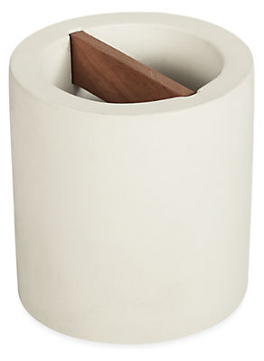 Saco Toothbrush Holder