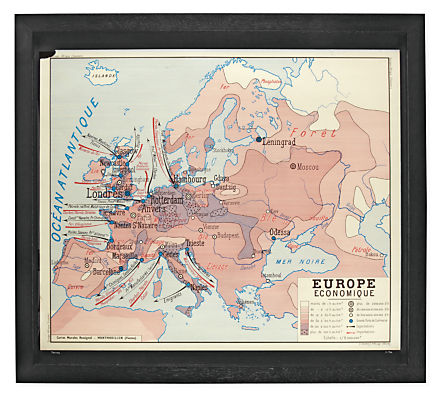 Vintage Medium Horizontal French School Map