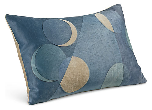 Luna 20w 13h Throw Pillow