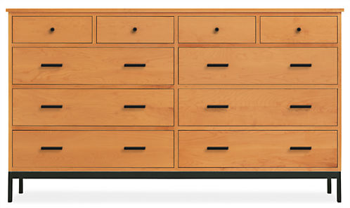 Linear 67w 20d 38h Ten-Drawer Dresser