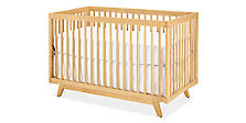 Flynn Crib in Maple