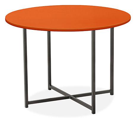 Classic 27 diam 20h Round Outdoor Side Table