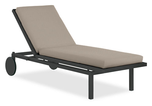 Montego Chaise with Cushion