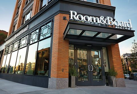 Room & Board Boston is just one of many locations where you can access our free interior design services.
