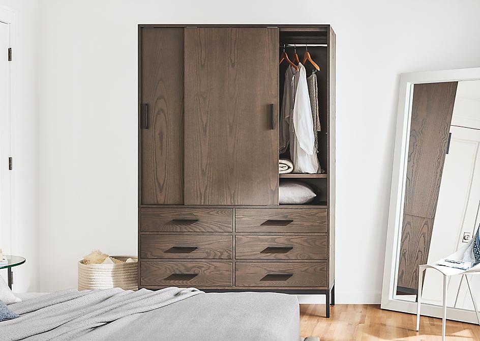 Small Bedroom Ideas & Furniture - Ideas & Advice - Room & Board