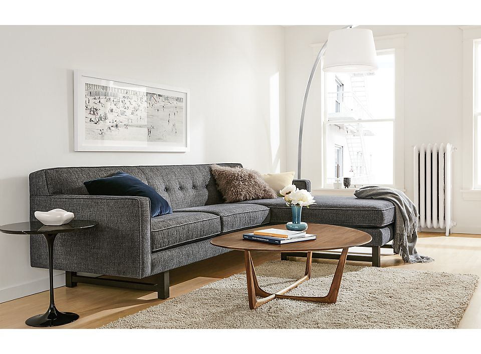 Side view of Andrea sofa with reversible chaise