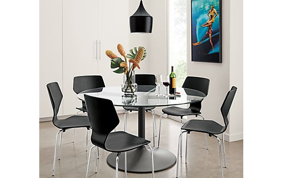 Aria Dining Table in Graphite with Pike Chairs