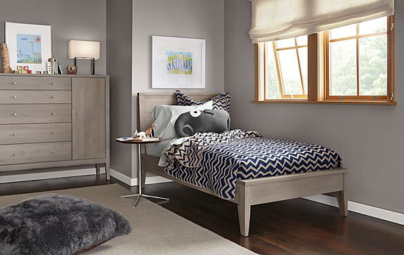 Calvin Bedroom in Shell