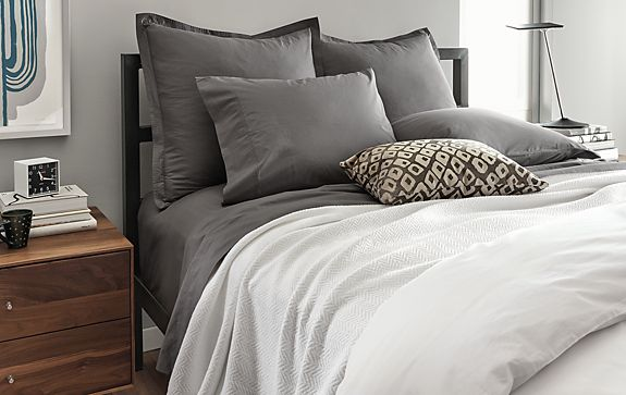Chevron Weave Blanket and Grey Sateen Bedding