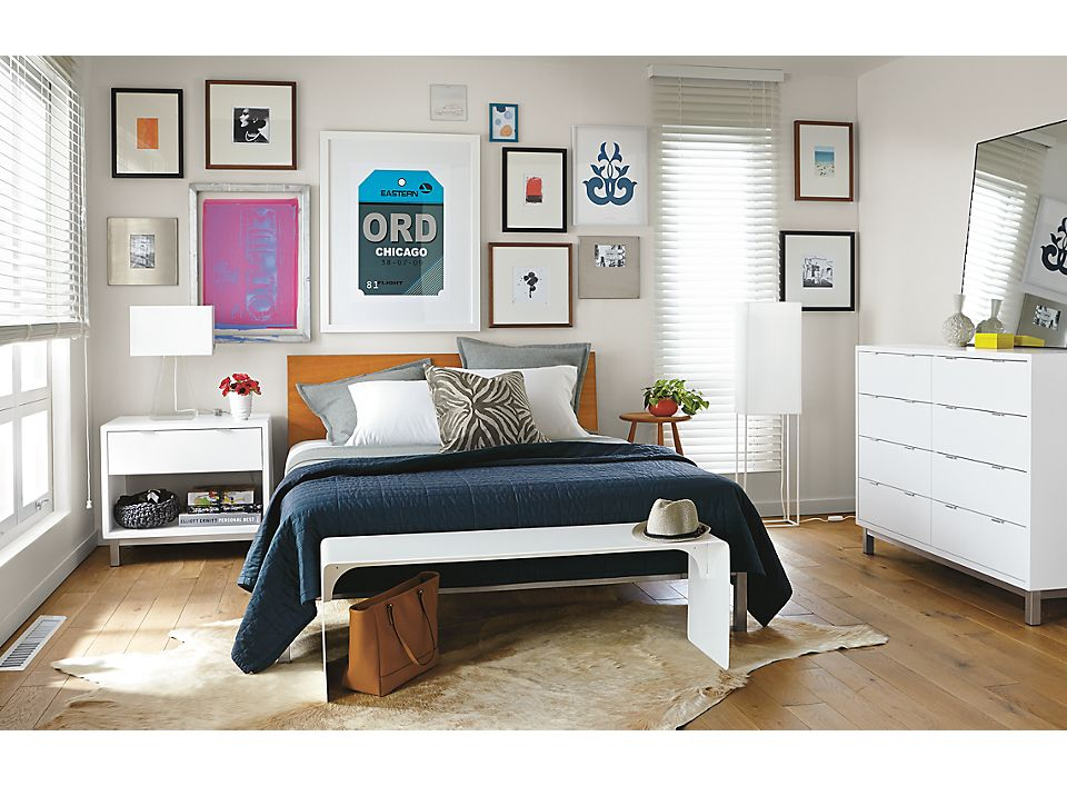 Copenhagen bed, nightstand and dresser in white