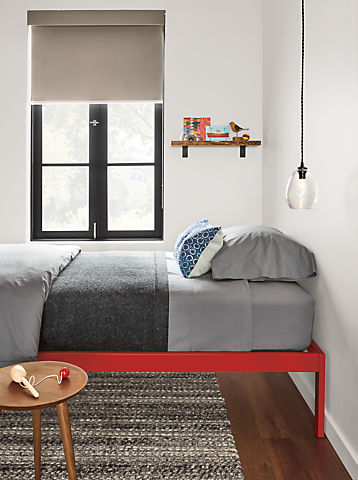 Detail of Core twin bed in red