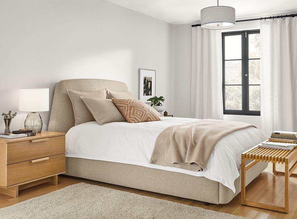 Detail of Corinne blanket on Emery bed