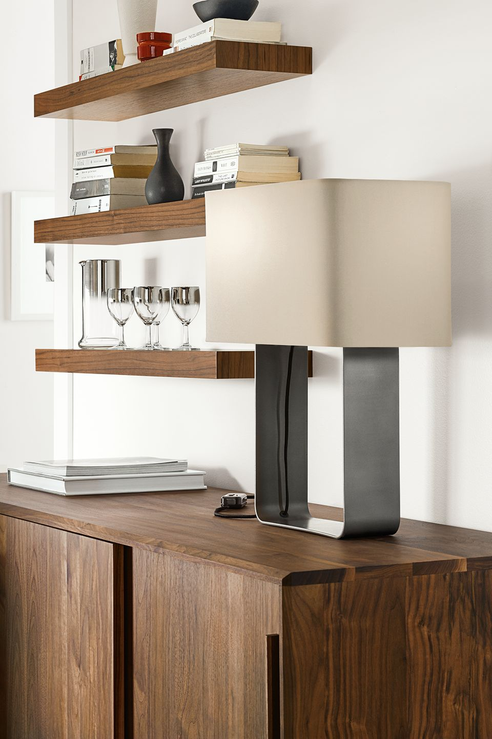 Side detail of Duo table lamp