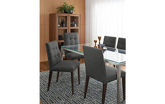 Portica Table with Faye Chairs