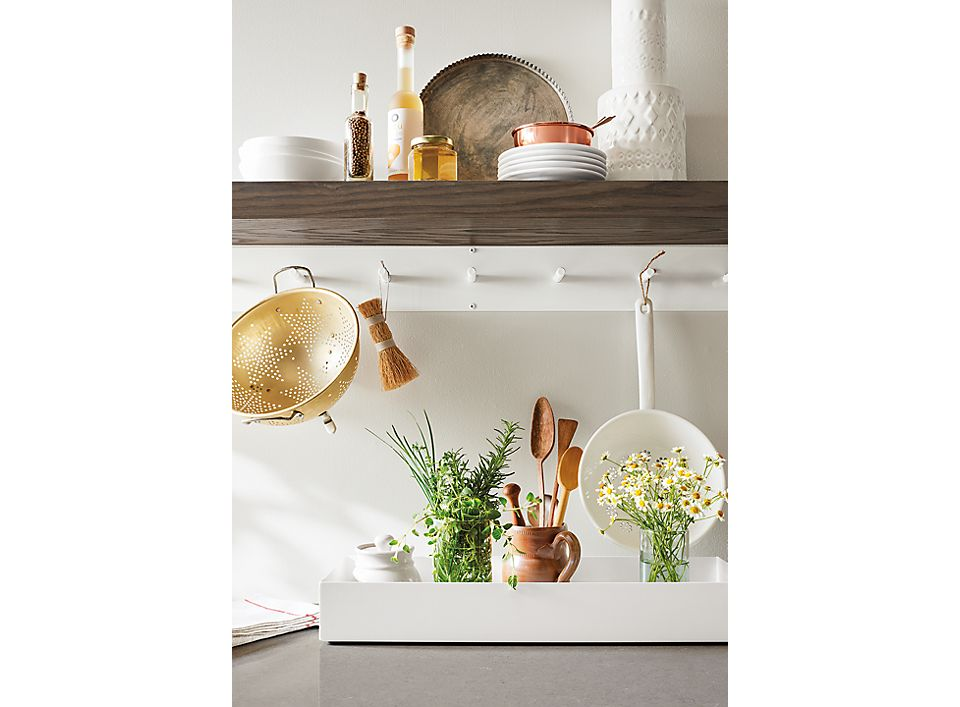Detail of Float wall shelf in kitchen