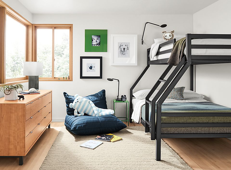 Detail of Fort duo bunk bed