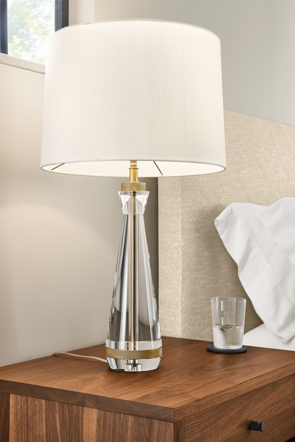 Detail of Gatsby table lamp