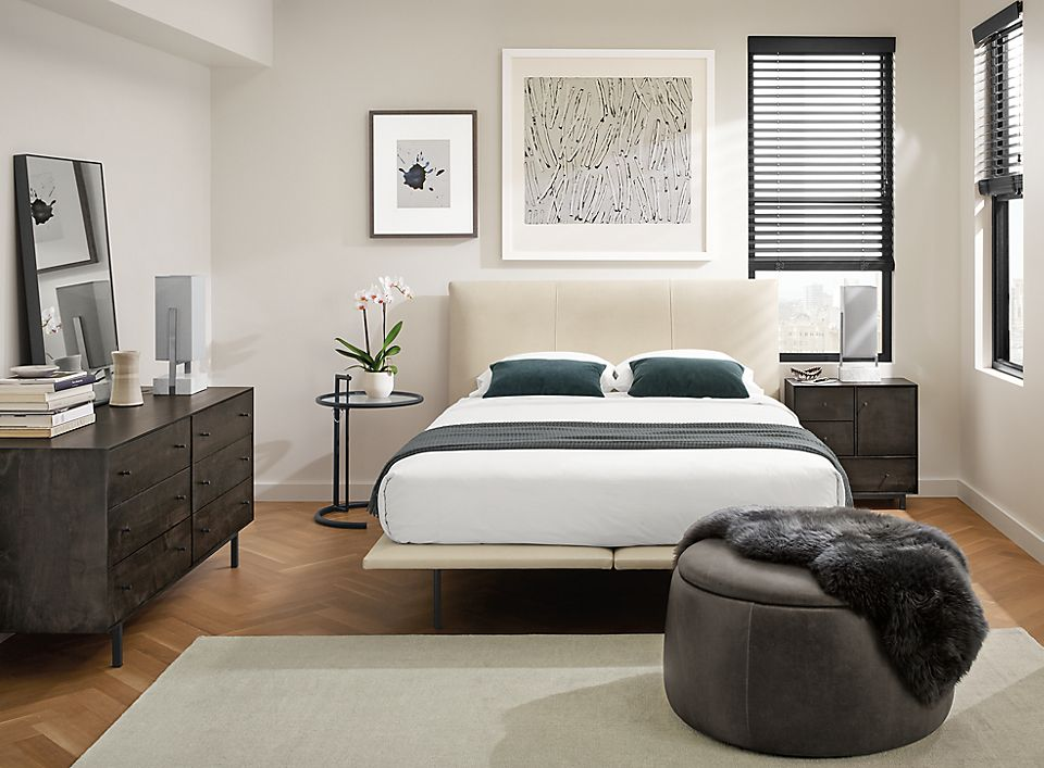 Hanson Leather Bed With Hudson Collection Room Board