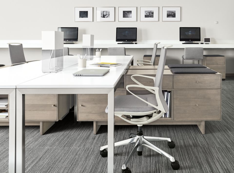 Side detail of Hudson office benching systems