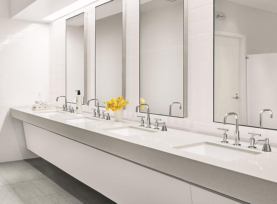 Bathroom with Infinity wall mirror