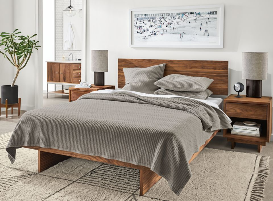 Kennewick grey coverlet on Hudson bed