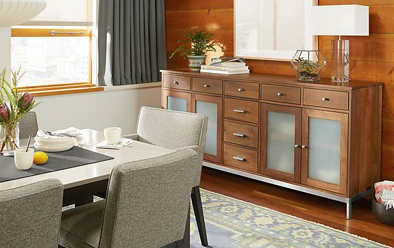 Linear Custom Classic Cabinet Dining Room
