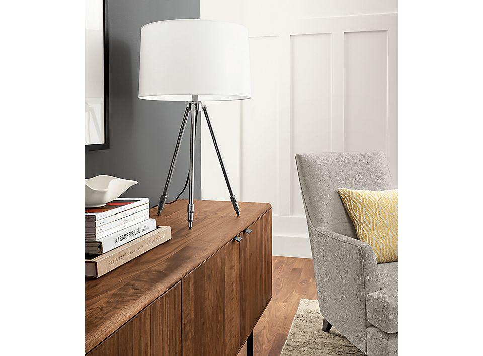 Detail of Madeline adjustable table lamp