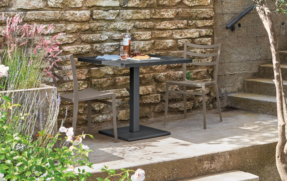 Detail of Maris square outdoor table