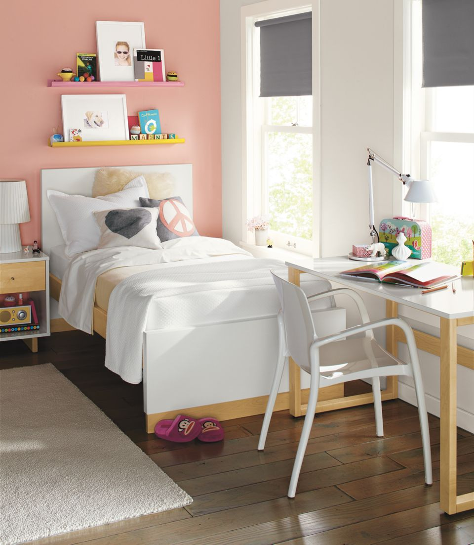 Detail of Moda kids twin bed