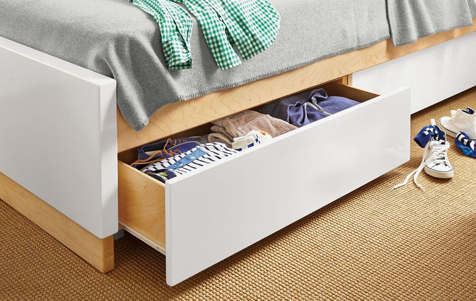 Detial of Moda underbed storage drawers