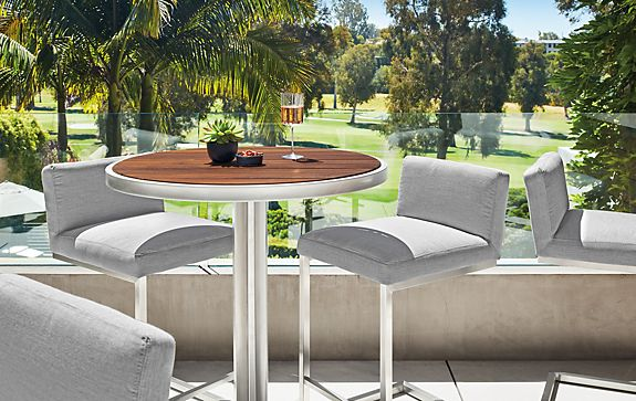 Montego Table with Finn Stools