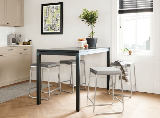 Great Parsons Counter Table With Collins Stools